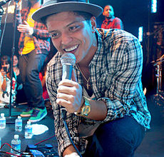 230px-Bruno_Mars,_Las_Vegas_2010[1]