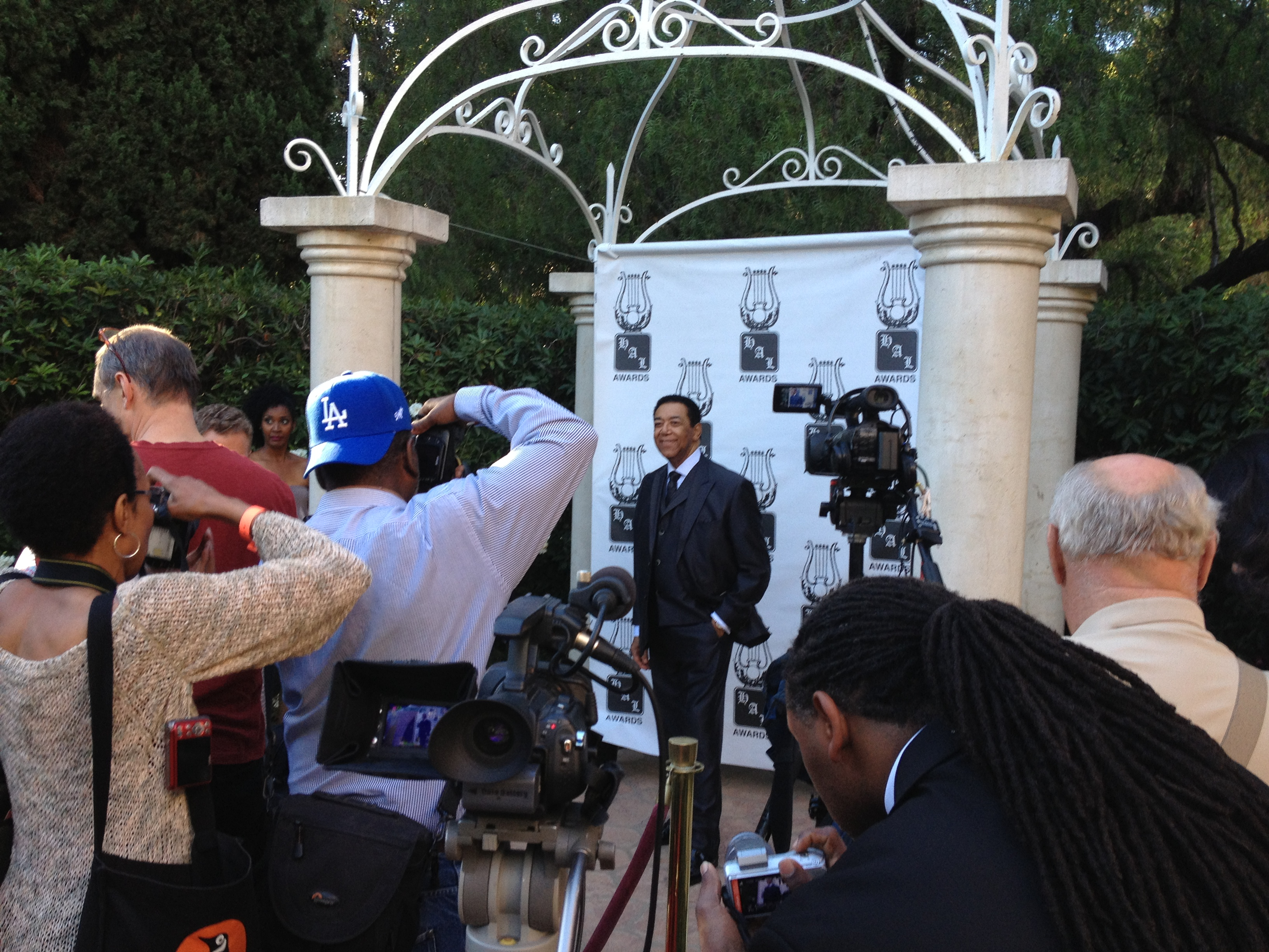 Terry on the red carpet with the press at the Beverly Hill Hotel.